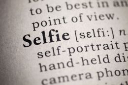 selfie-in-text-pic